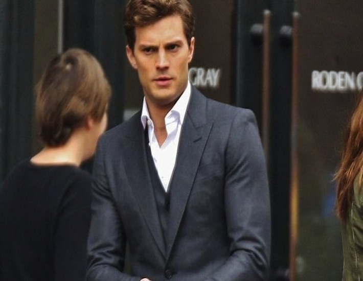 fifty shades 39 christian grey the new mr right divagalsdaily. Black Bedroom Furniture Sets. Home Design Ideas