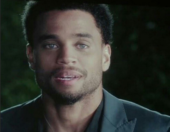 What color eyes does michael ealy have