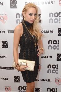 Amanda Bertoncini[1]
