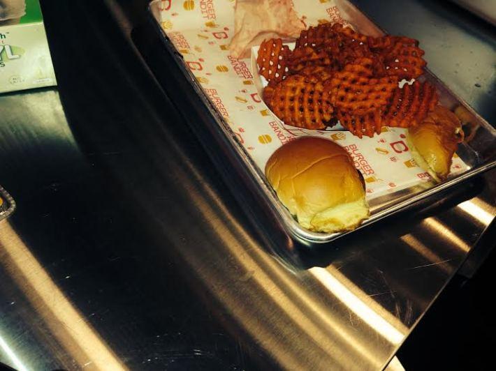 burgerbandit-1207