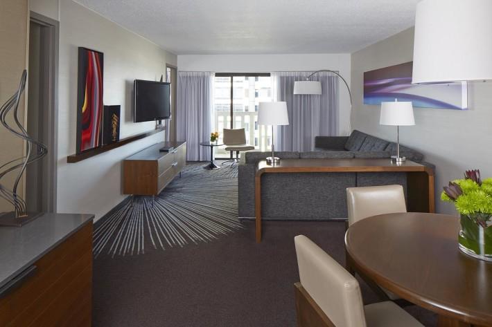 Atrium Crown Suite