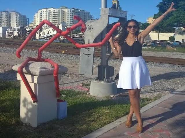 WPB2_statue